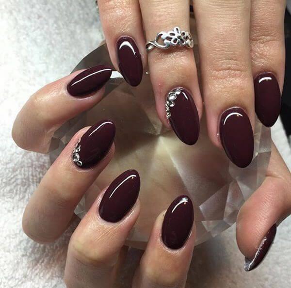 dark maroon gel nail polish designs