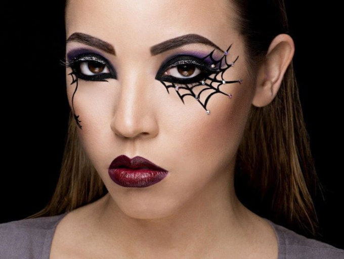 diy spiderweb eye makeup