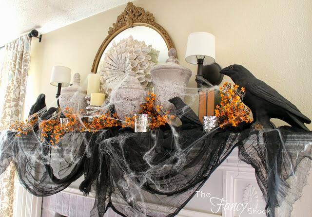 vintage halloween fireplace mantel decor ideas