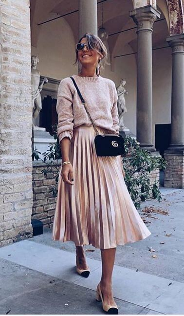 pleated skirt and sweater christmas outfit ideas for church services