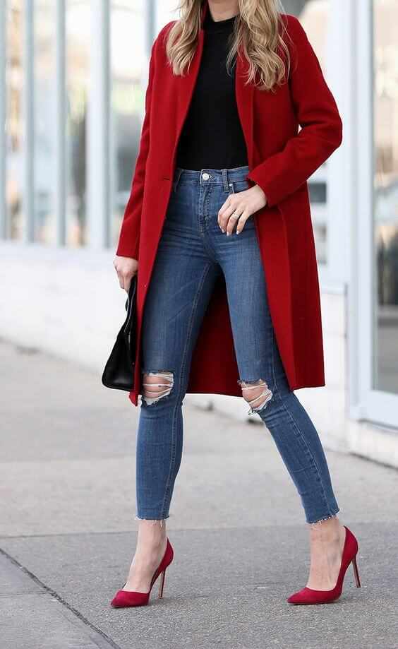 women red coat christmas outfit ideas