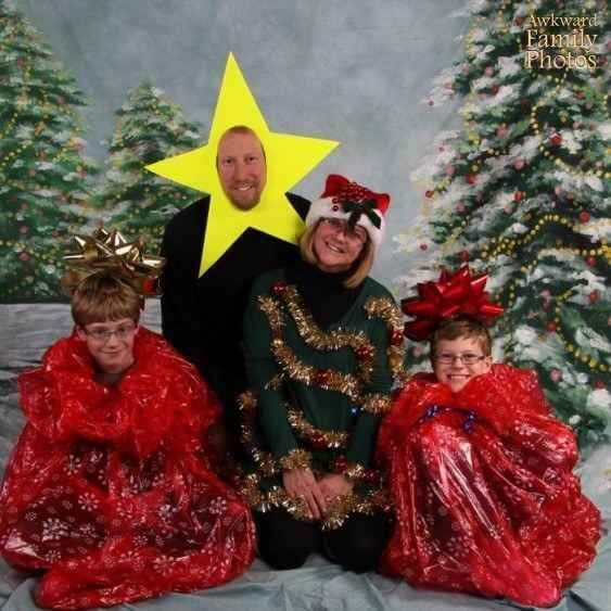 bad ideas for family christmas picture