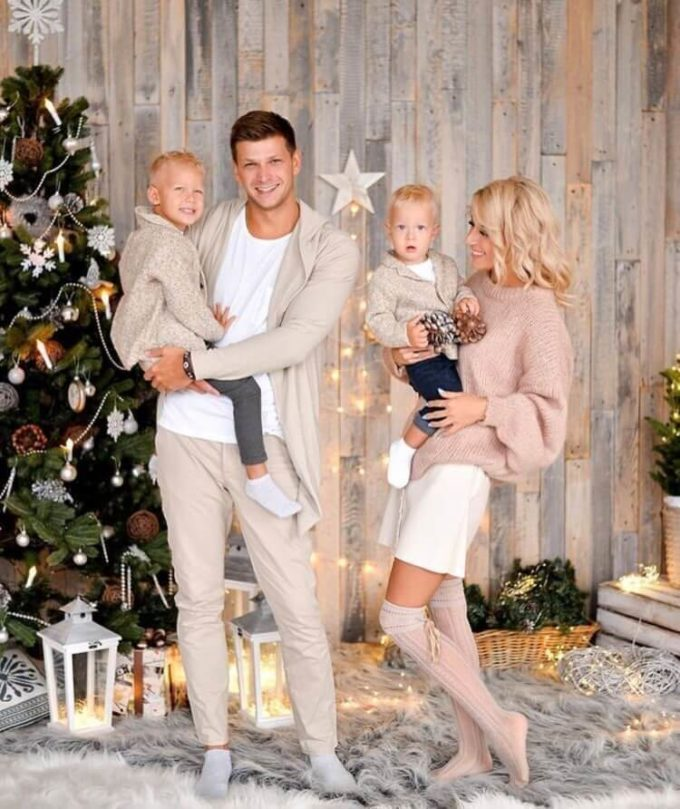 christmas family photo outfit ideas