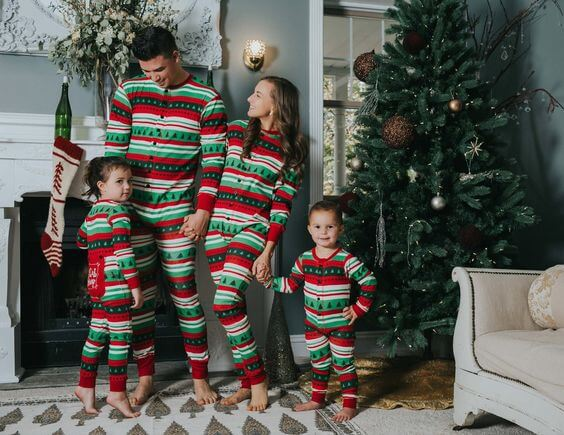 family christmas tree pajamas outfit ideas