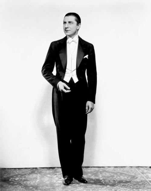 Corte de pelo estilo drácula de 1950