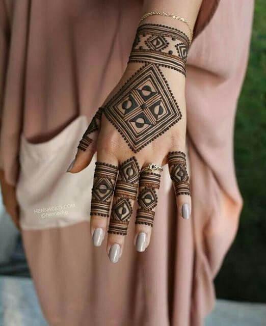 arabic bracelet henna design