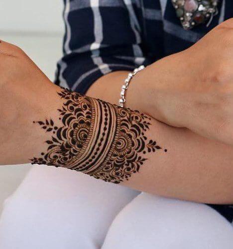 awesome bracelet mehndi design