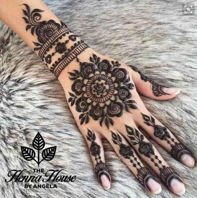 bangle bracelet mehndi design for brides