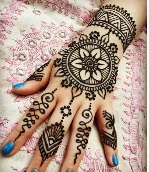 detailed arabic bridal floral bracelet mehndi design