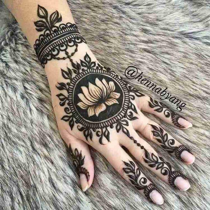 lotus flower bracelet mehndi design