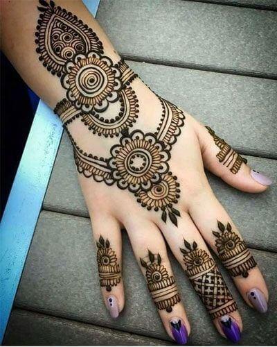 pakistani wedding bracelet mehndi design