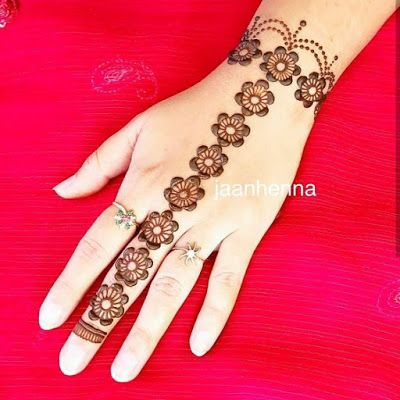 simple flowers bracelet mehndi design