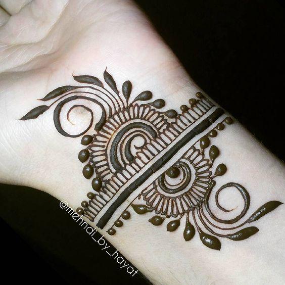 swirls henna bracelet design pattern