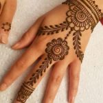 chain mehndi designs