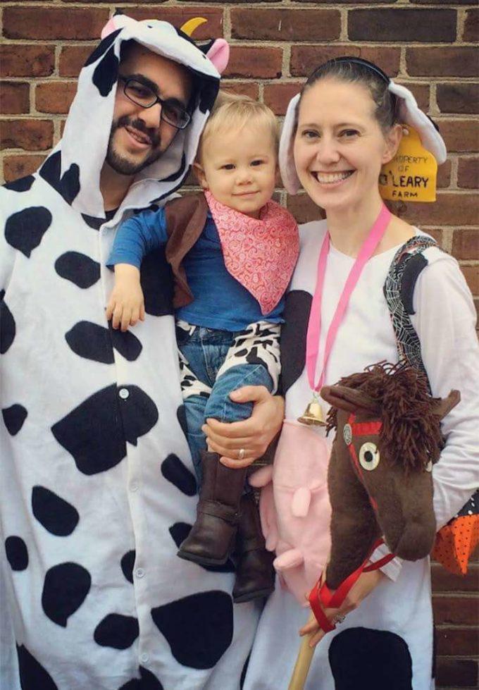 farmyard animals cowboy baby carrying halloween costume idea