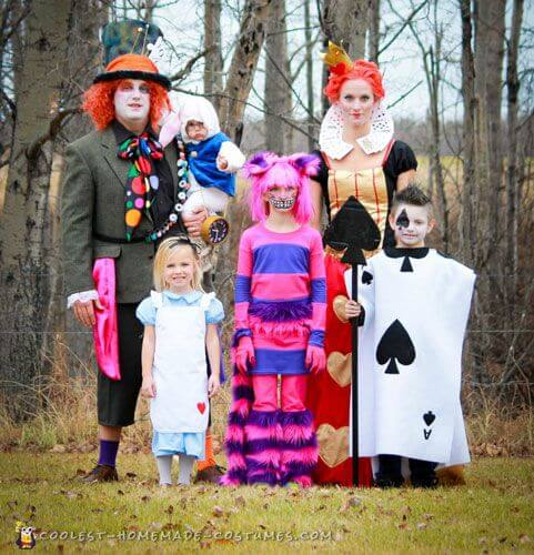 alice in wonderland family halloween costumes ideas