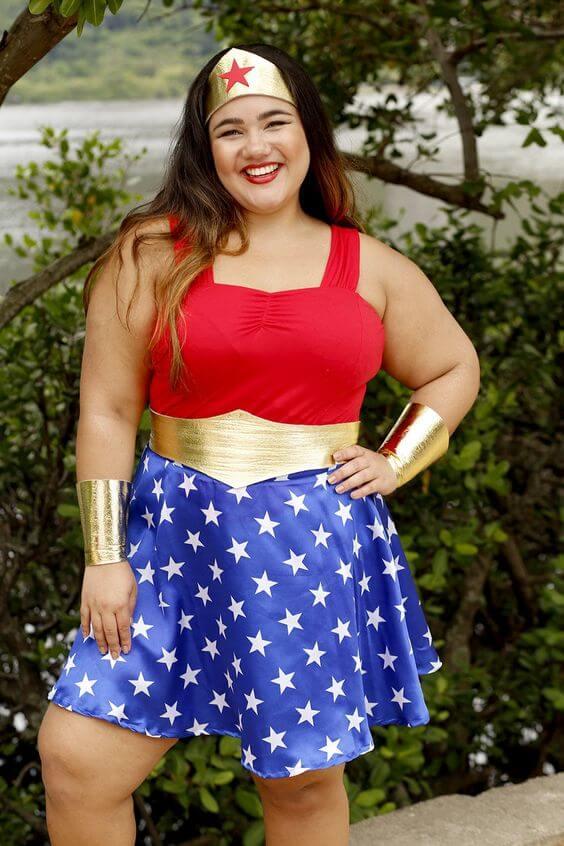 diy wonder woman plus size halloween costume idea