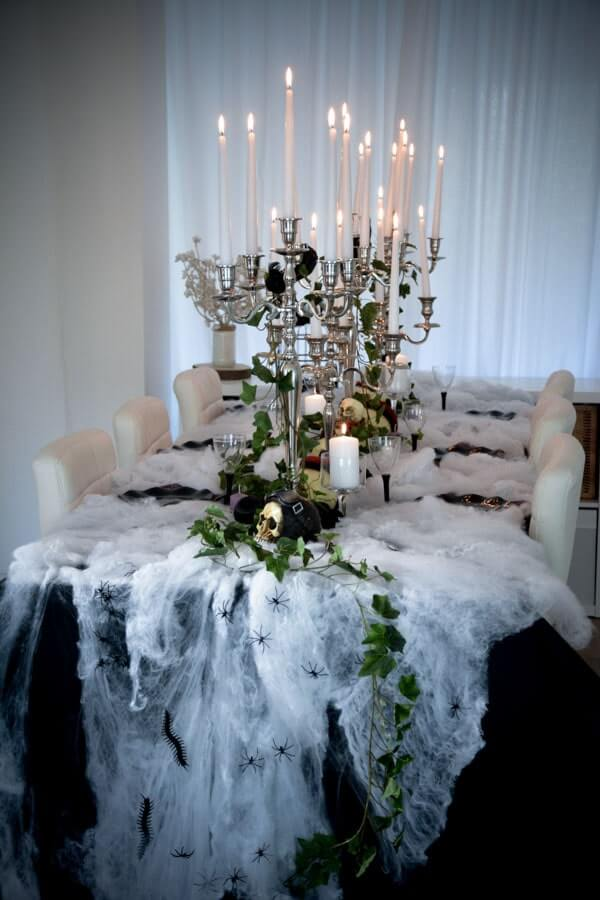 haunted mansion ispired table decoration