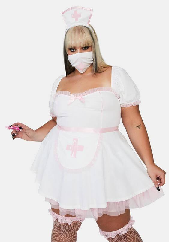 homemade nurse plus size halloween costume idea