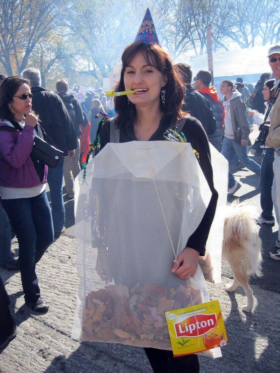 lipton teabag costume idea for halloween
