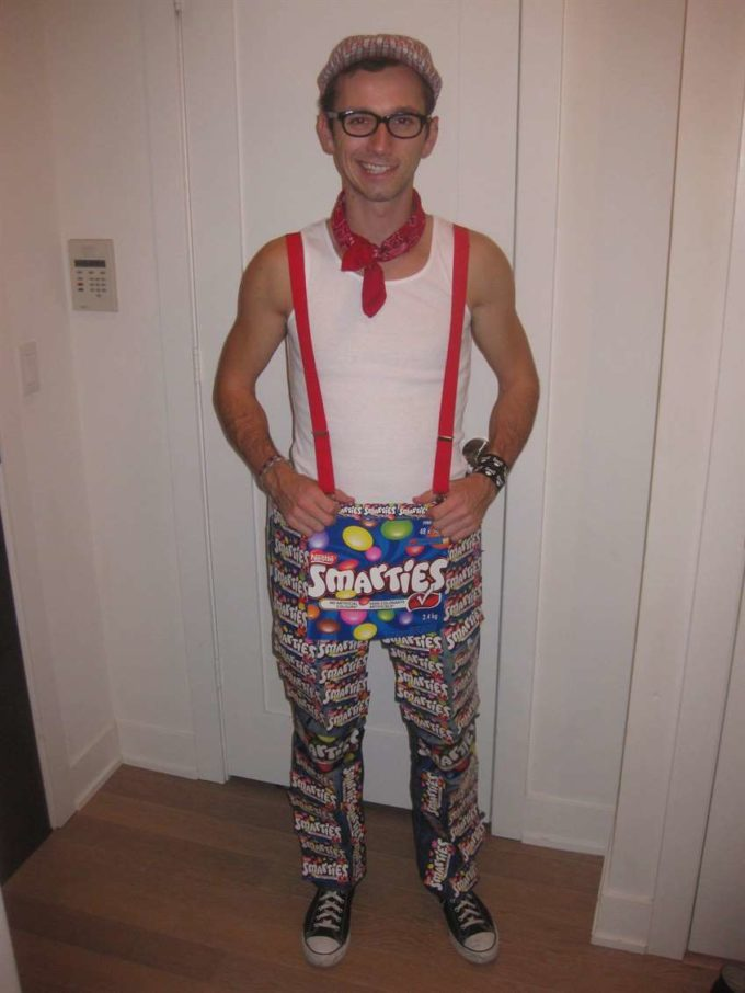 smarty pants punny halloween costume idea for men